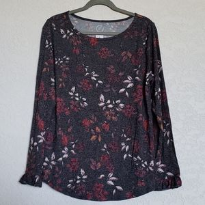 NWT 24/7 Maurices floral tee shirt ladies Large